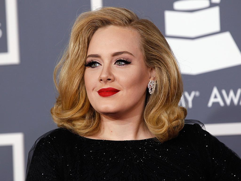 Adele - Set Fire To The Rain (Foto: Danny Moloshok / Reuters)
