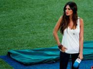 «Gostava de ter apontado um penálti?» A jornalista Sara Carbonero, namorada de Iker Casillas, perguntou isto a Iniesta após jogo com Portugal quando o jogador já o tinha feito.