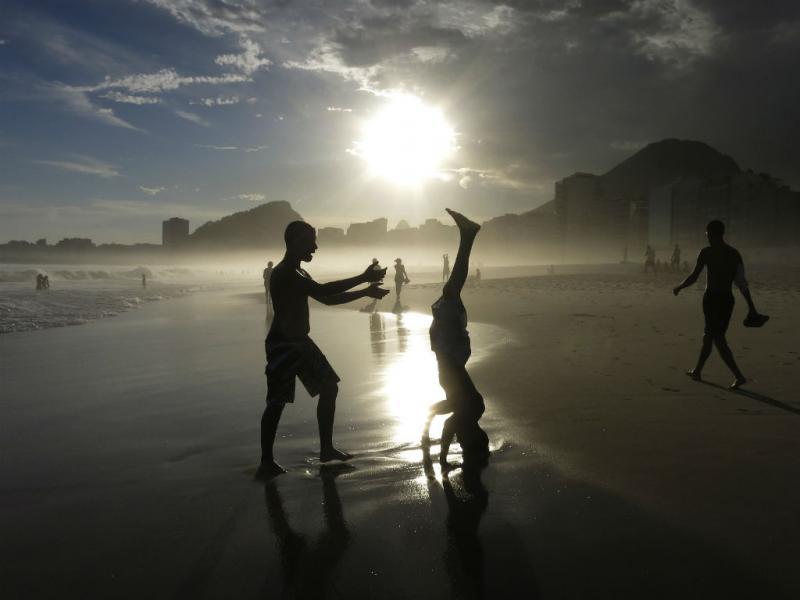 Frio? No Rio de Janeiro não se aguenta o calor (REUTERS/Gary Hershorn)