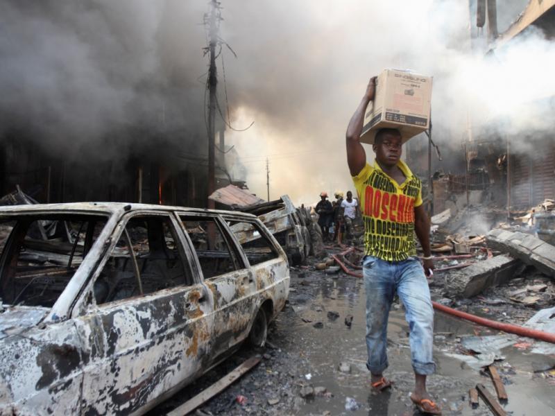 Nigéria: incêndio faz dezenas de feridos [Reuters]