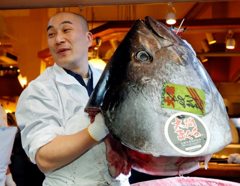 Atum gigante vendido por preço recorde (Lusa/Kimimasa Mayama)