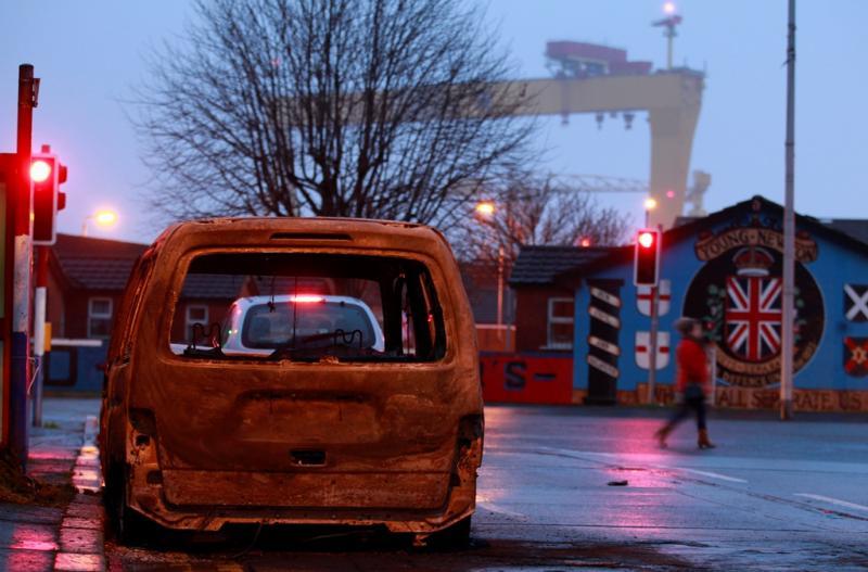Confrontos em Belfast (Reuters)