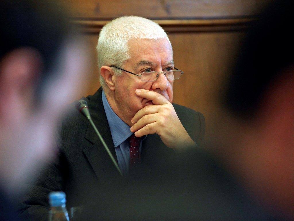 Teixeira dos Santos no Parlamento (Lusa)
