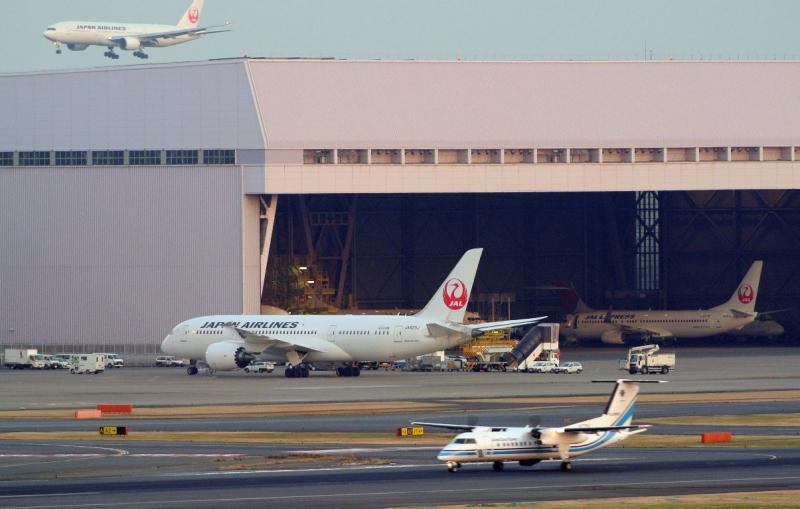 Nova avaria em Boeing 787 obriga a aterragem de emergência [EPA]