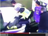 «Steward» tenta separar discussão e acaba no chão