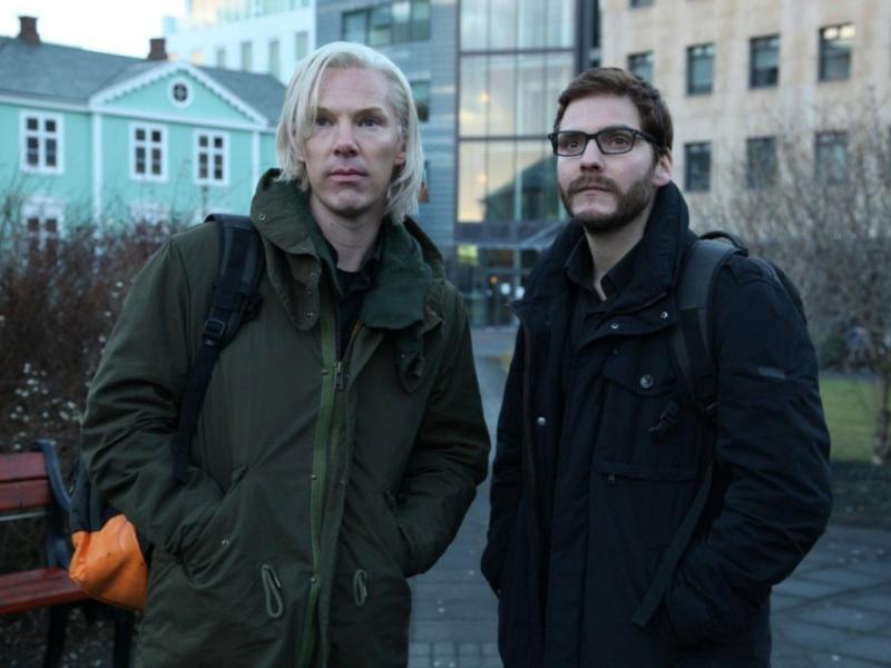 Benedict Cumberbatch como Julian Assange (Dreamworks)