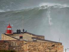 Guinness: António Laureano terá surfado onda com 30 metros na Nazaré