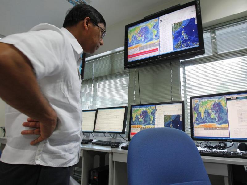 Filipinas monitorizam sismo de 8.0 nas Ilhas Salomão (EPA/ROLEX DELA PENA)