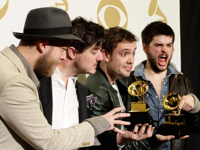 Mumford & Sons nos Grammy Awards 2013 (Reuters)