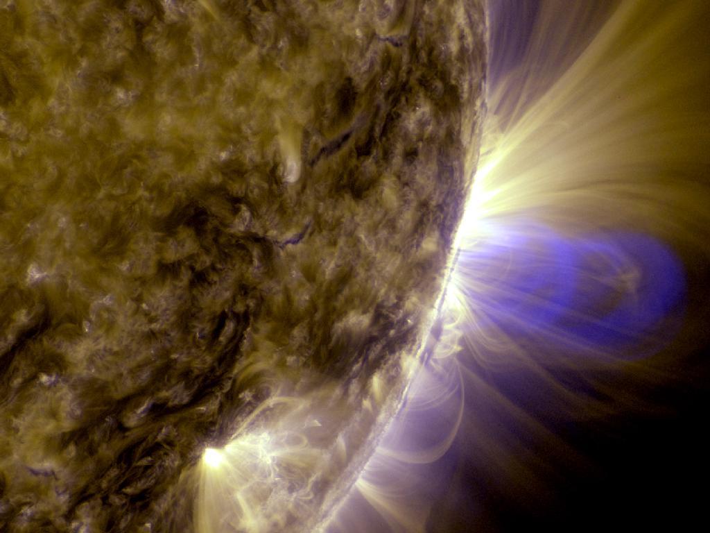 Criação do fenómeno «Tubo de Fluxo» no Sol (NASA/Goddard Space Flight Center/SDO)