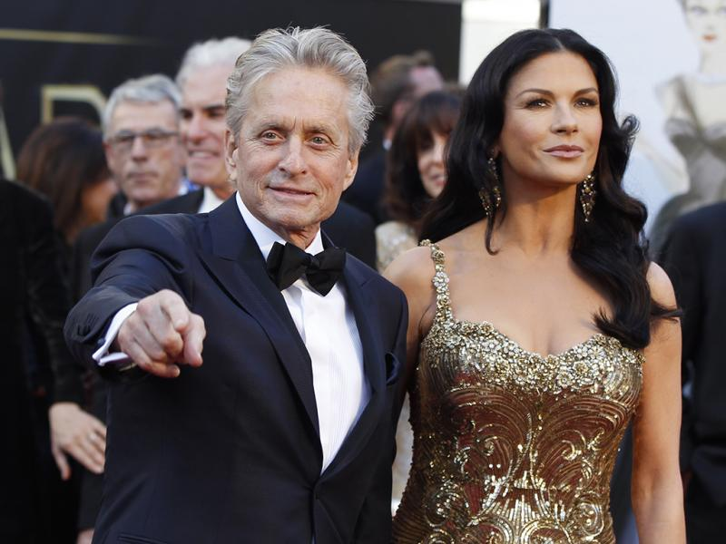 Michael Douglas e Catherine Zeta-Jones na 85ª Cerimónia dos Óscares (REUTERS)