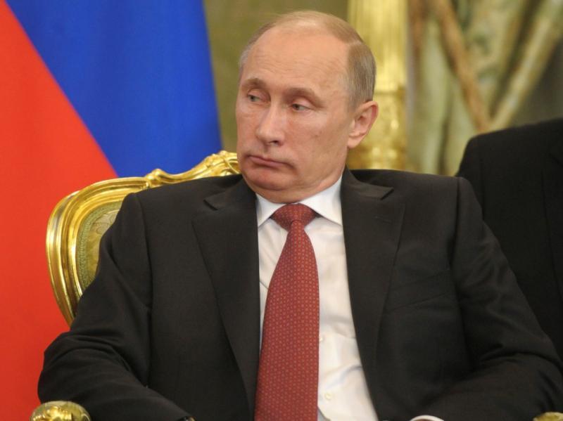 François Hollande e Vladimir Putin encontram-se no Kremlin, em Moscovo (REUTERS/Alexander Zemlianichenko/Pool)