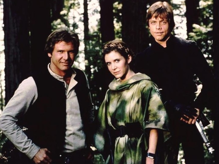 Han Solo (Harrison Ford), a Princesa Leia (Carrie Fisher) e Luke Skywalker (Mark Hamill)