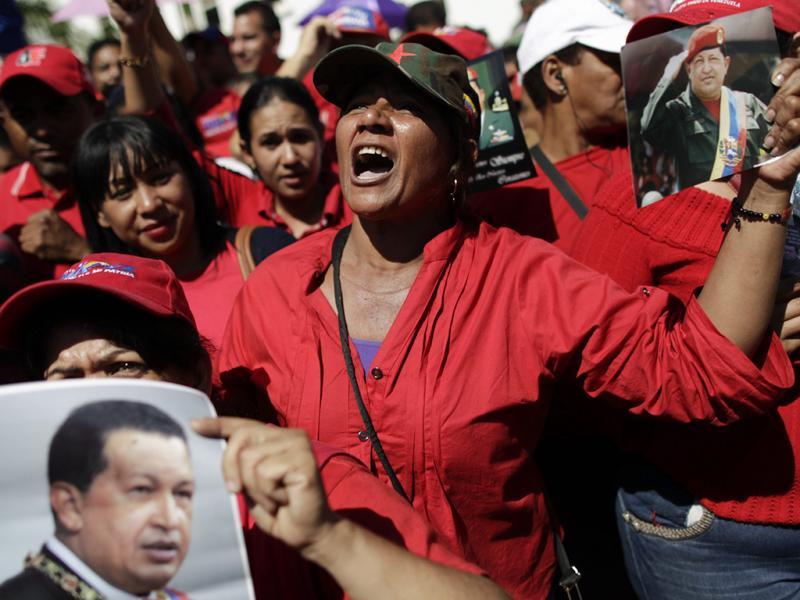 Funeral de Hugo Chávez: Milhares de pessoas na despedida (LUSA)