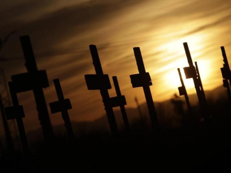 Cemitério [Reuters]