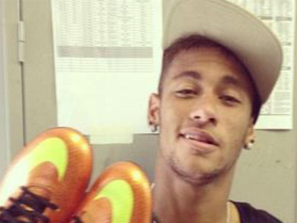 Neymar chut
