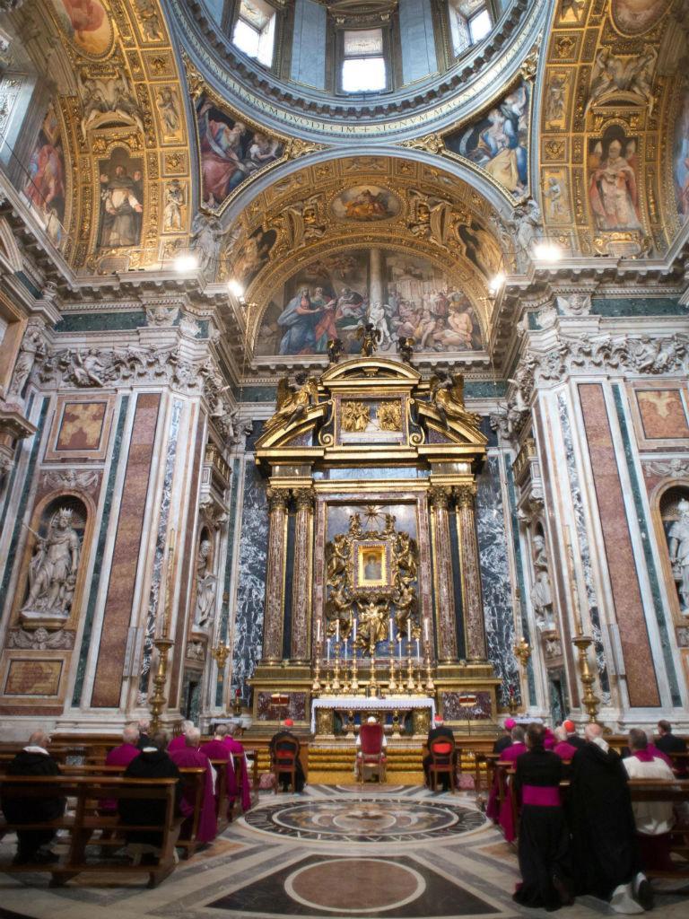 O primeiro dia do novo Papa (EPA/OSSERVATORE ROMANO)
