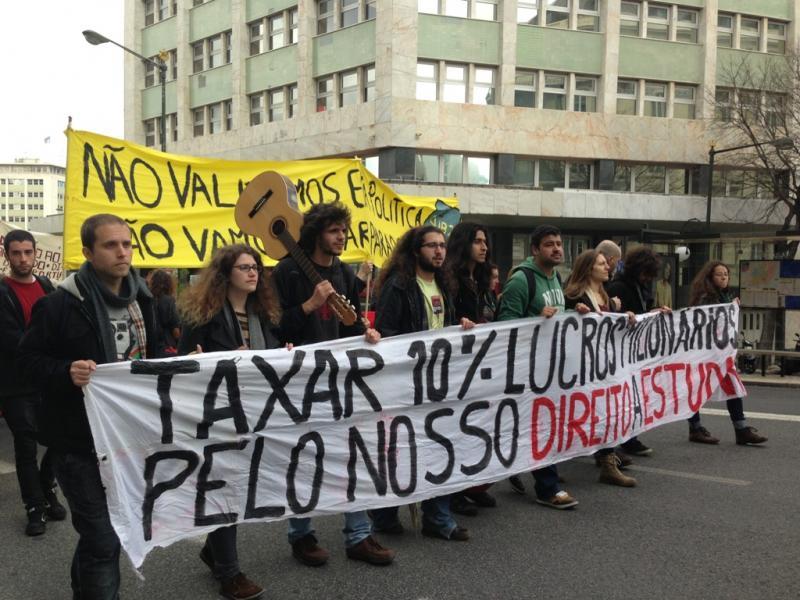 Estudantes do Ensino Superior manifestam-se em Lisboa (VC)