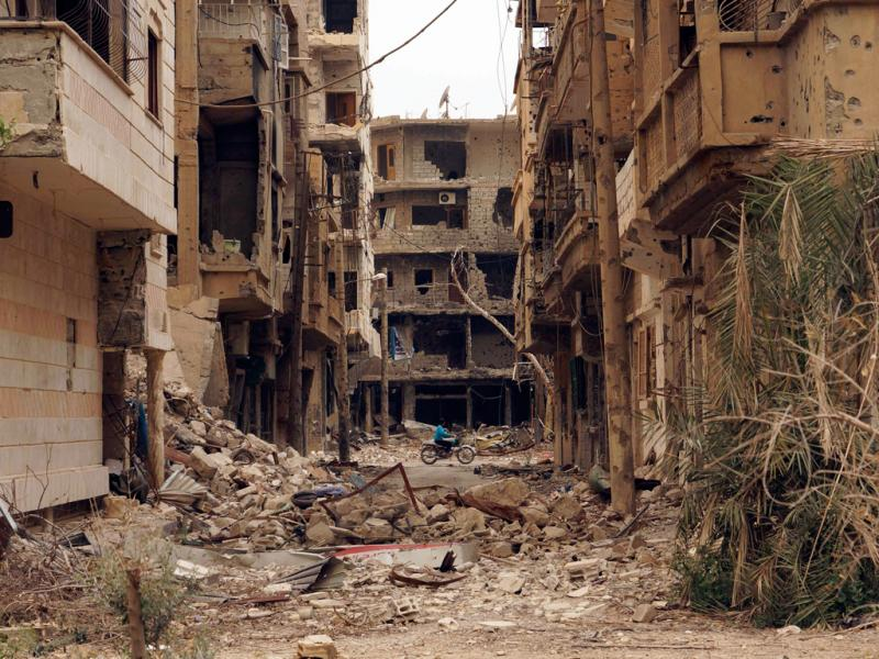 Síria: imagens dantescas da destruição de Deir al-Zor (Reuters)