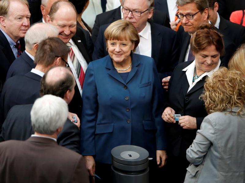 Merkel no Parlamento (Reuters)