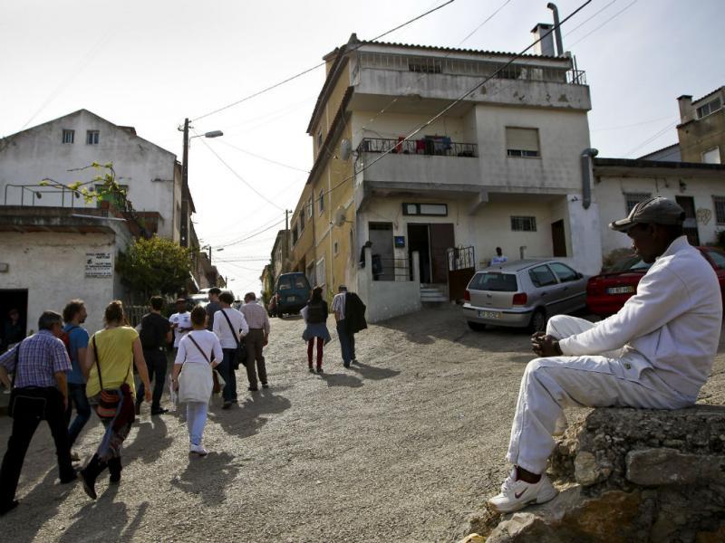 Cova da Moura atrai estudantes europeus (Lusa/Mário Cruz)
