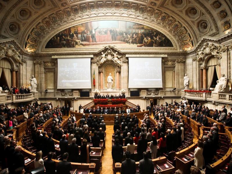 25 de Abril no Parlamento [LUSA]