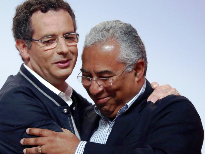 António José Seguro e António Costa no congresso do PS (Lusa)