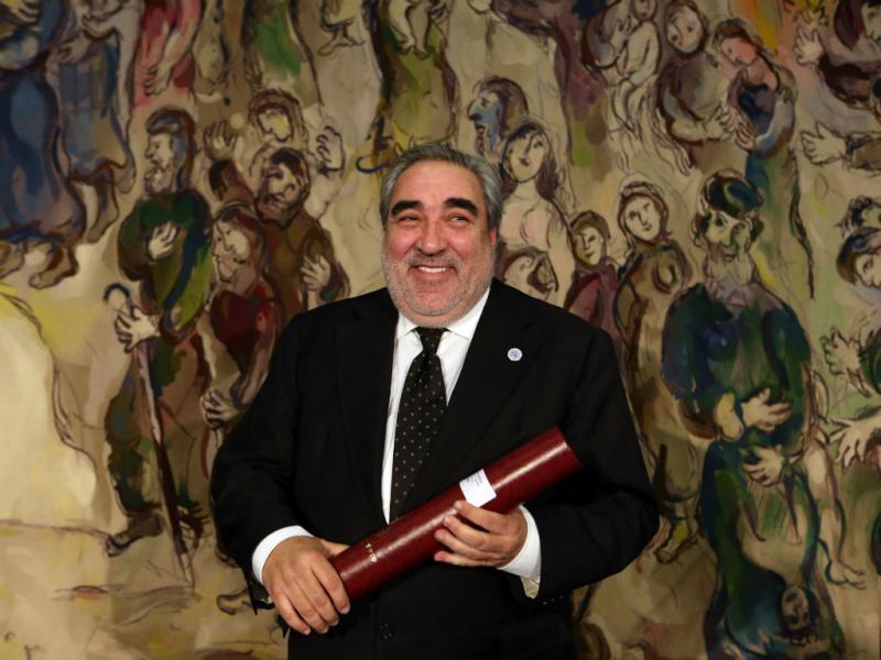 Eduardo Souto de Moura recebe «Nobel» da Arquitetura (EPA/Abir Sultan)