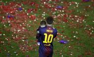 Messi com Thiago - Jogadores do Barcelona festejam vitória em família Fotos: Reuters