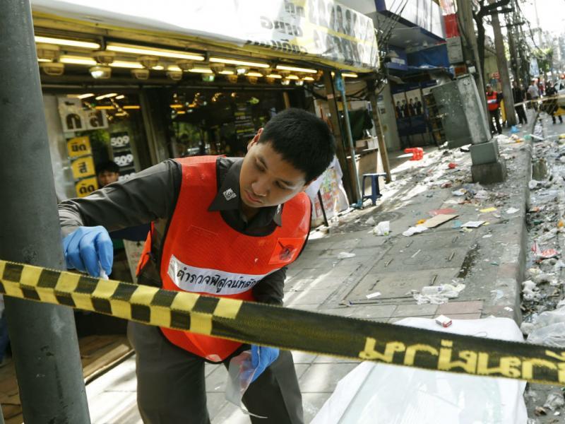 Explosão faz sete feridos em Banguecoque (EPA/NARONG SANGNAK)