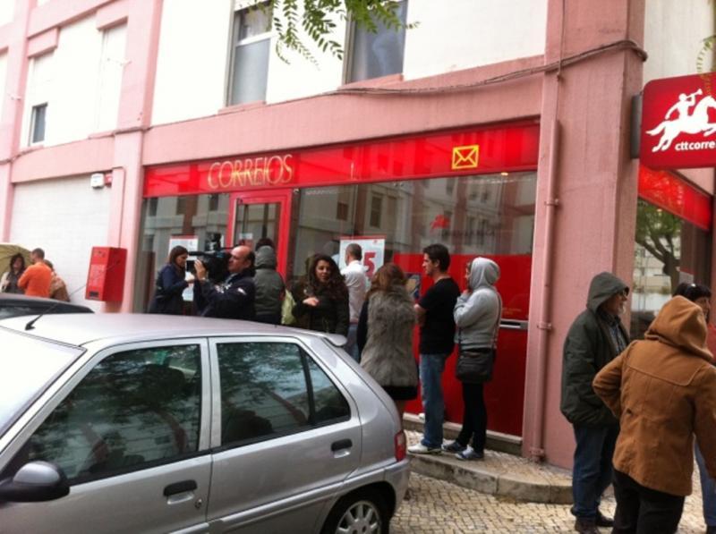 Protesto dos CTT em Carnide (DR)