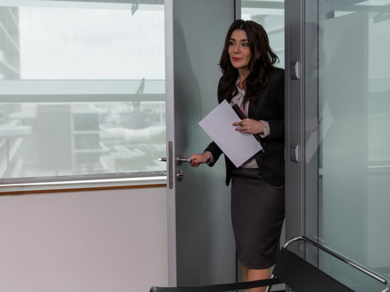 Mundo ao Contrário: Secretária