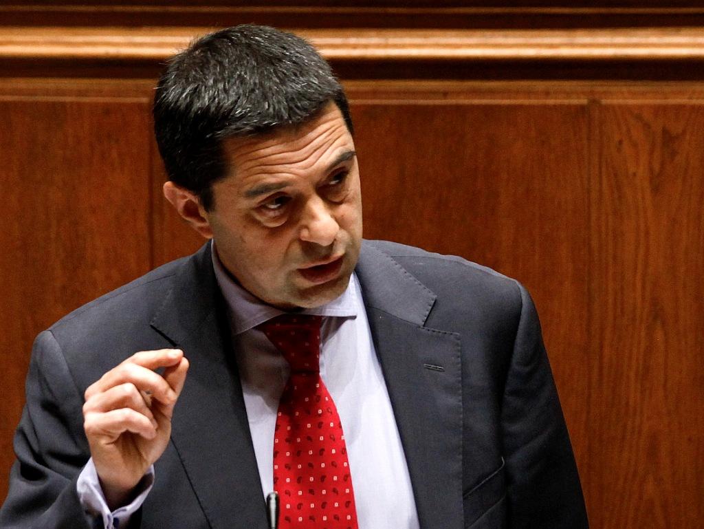 Vítor Gaspar no Parlamento (LUSA)
