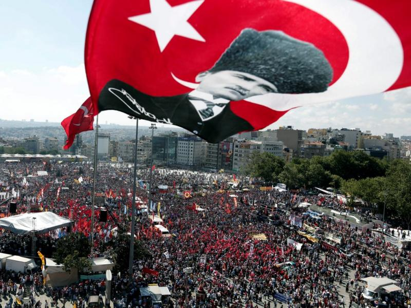 Como se diz indignados em turco»