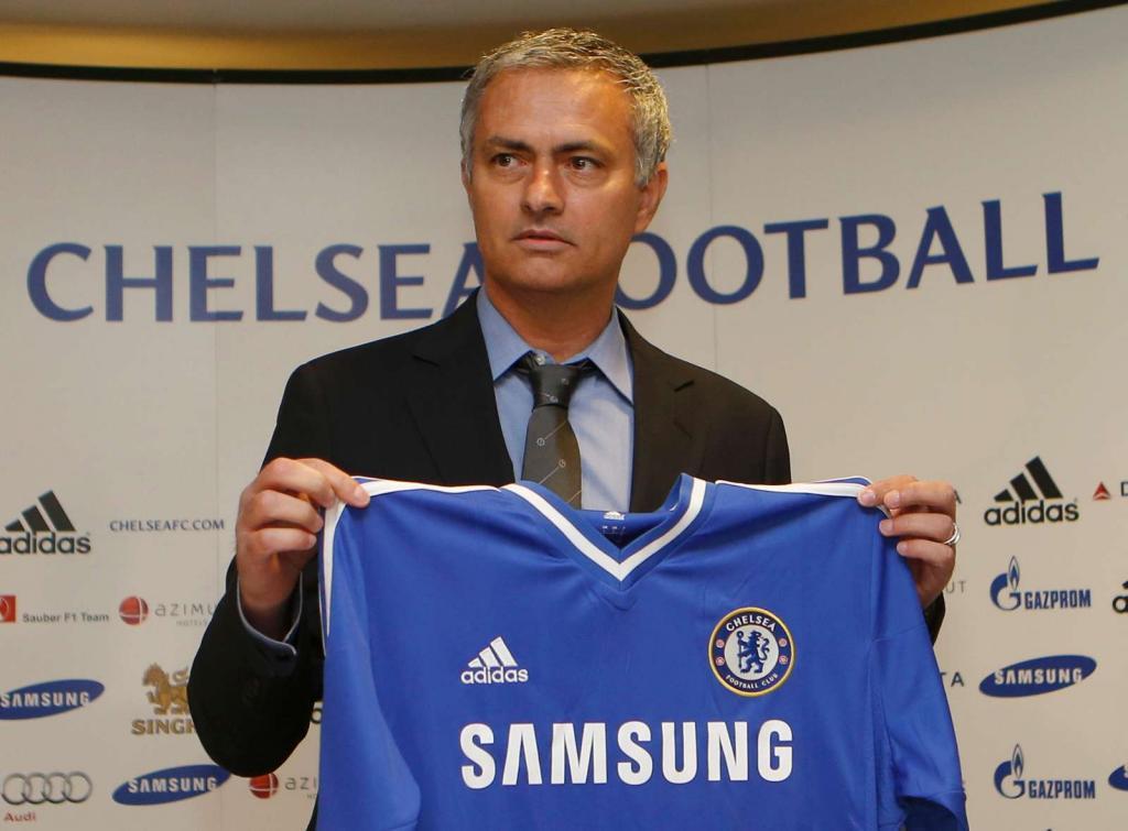 Mourinho apresentado no Chelsea (foto Reuters)