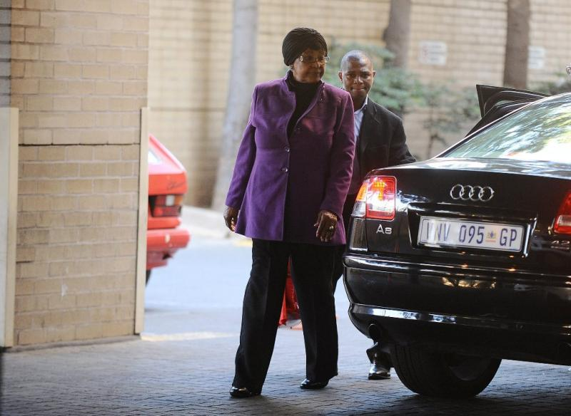 Winnie Mandela visita Nelson Mandela Foto: Reuters