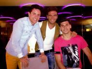 Jogadores de férias: Capel (Sporting) com Llorente e Herrera