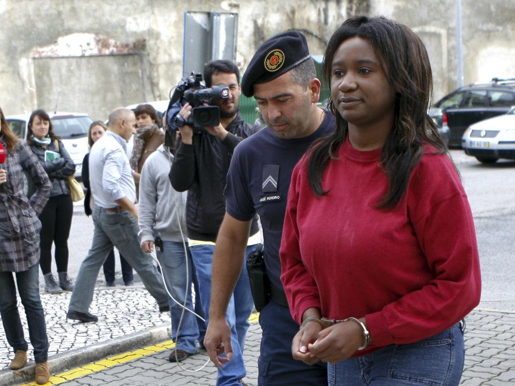 Mãe acusada de matar os dois filhos em tribunal (MIGUEL A. LOPES /LUSA)