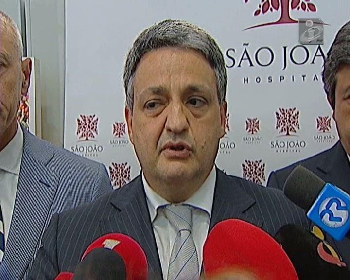 Ministro: aumento das taxas não afastou doentes