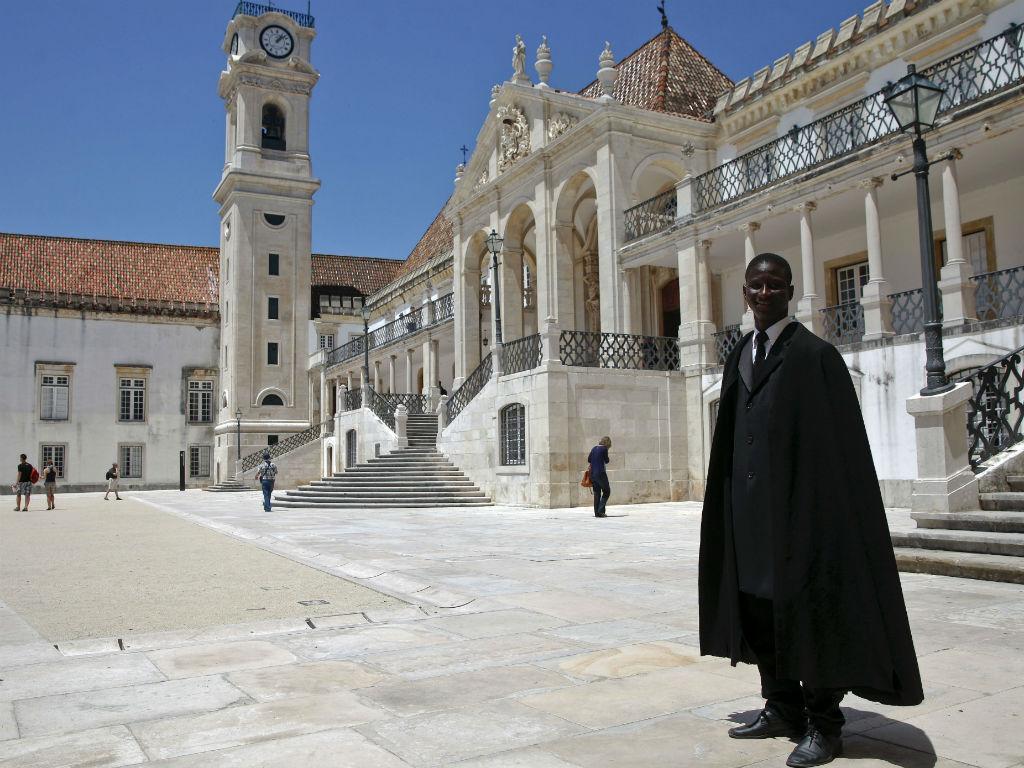 Estudantes de Coimbra apoiam decisão de eliminar carne de vaca das ...