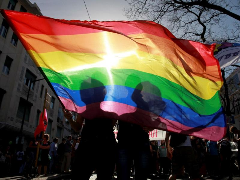 Milhares de pessoas na marcha pelo orgulho LGBT [LUSA]
