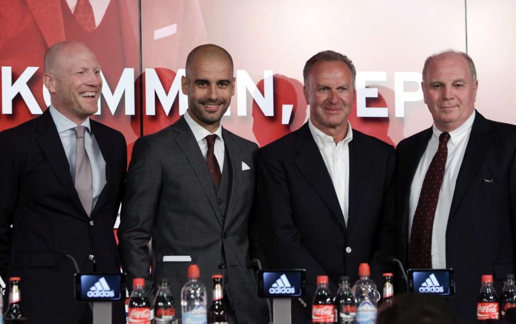 Guardiola apresentado em Munique (Michaela Rehle/Reuters)