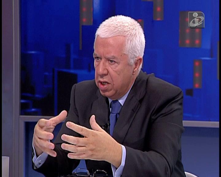 Entrevista de Teixeira dos Santos na TVI