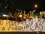 Brasil-Espanha: protestos
