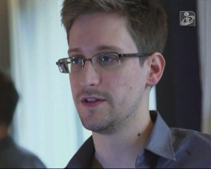 Snowden quebra o silêncio e ameaça EUA com novas revelações
