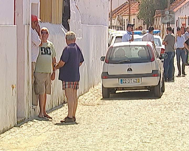 Família encontrada morta em Sarilhos Grandes