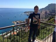 João Moutinho vai apreciando as vistas do Mónaco