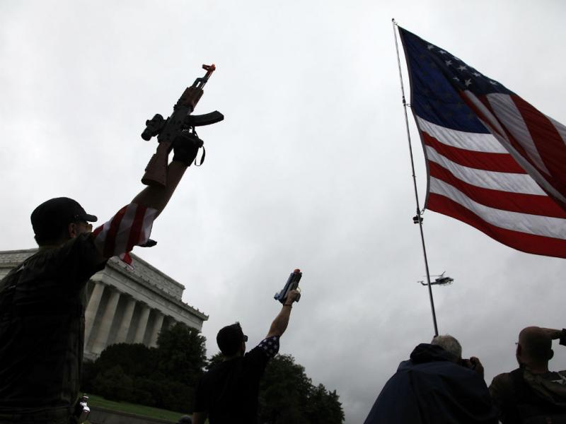 Marcha com armas de brincar em Washington (Reuters)