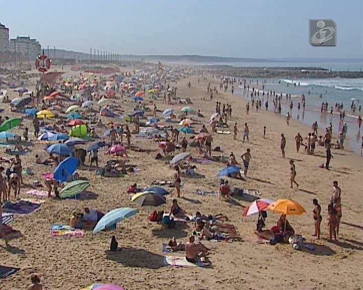 Lisboa: praias estão cheias