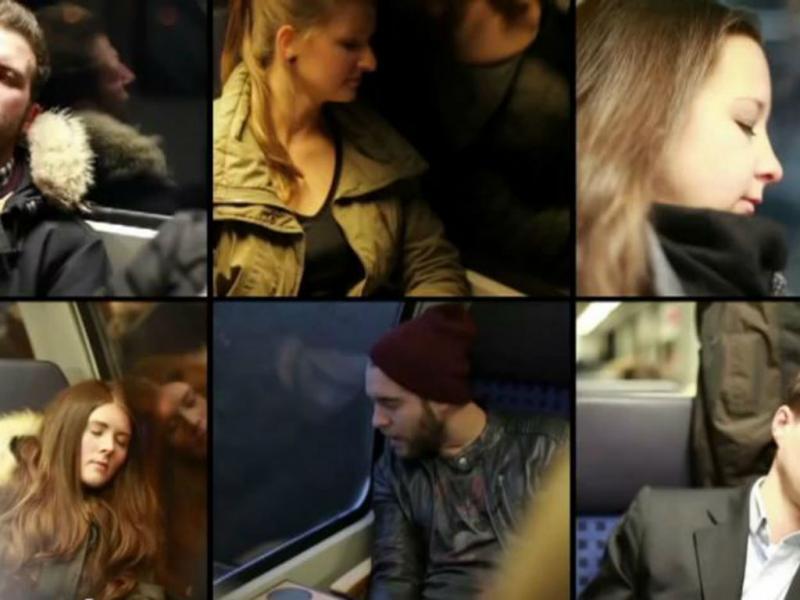 Pessoas com a cabeça encostada ao vidro falante (Youtube/Reprodução)